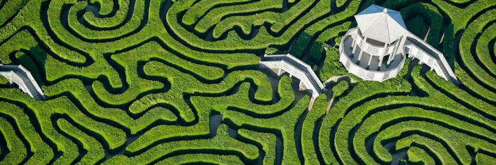 Maze: Festive Shopping and Marketing Header