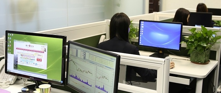 business-people-1572059_1280-343321-edited.jpg